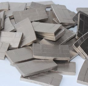 <b>Buy diamond granite cutting segments for slab cutting from professional supplier</b>